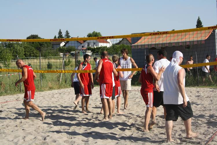 volleyball2010-001.jpg