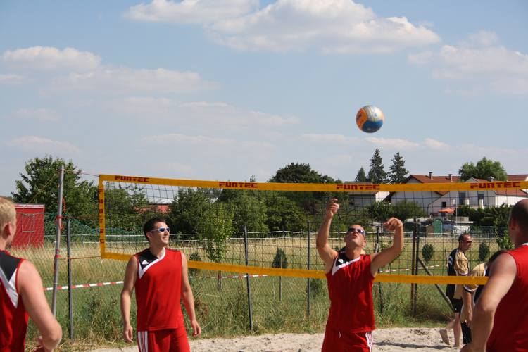 volleyball2010-201.jpg