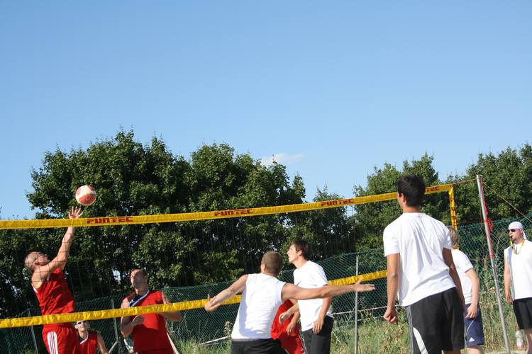 volleyball2010-211.jpg