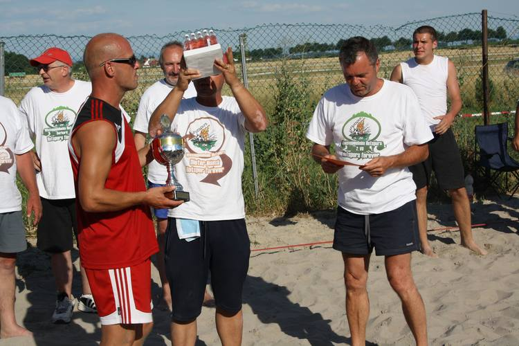 volleyball2010-250.jpg